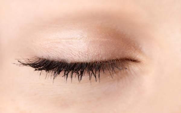 Khwab Mein Palken Dekhna / Seeing Eyelashes In Your Dream