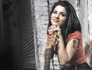 Quratulain Baluch gets oppurtunity to sing in Bollywood