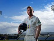 Cricket: Collingwood commits for another year to Durham