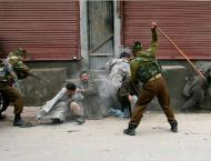 Clashes with Police continues in Indian occupied Kashmir