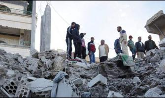 Syria warplanes bombing in the Syrian city of Idlib, killing 9 pe ..