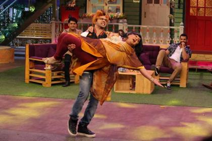 Varun Dhawan performed as Tahir Shah's Angel on Kapil Sharma show