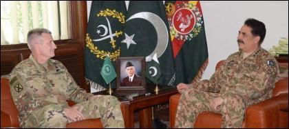 Army Chief General Raheel Sharif  met General John Nicholson