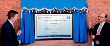 British Council inaugurates library in Karachi