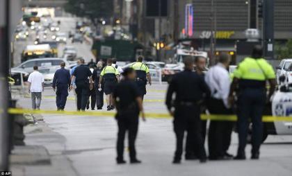 Gunmen kill man, injure two people