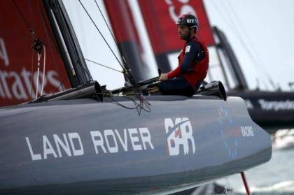 Yachting: Ainslie steers Britain into America's Cup contention