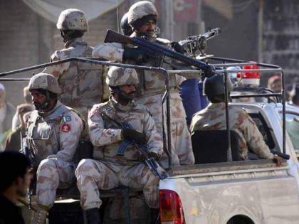 مصرع جندي باكستاني بانفجار في مدينة لاركانة بإقليم السند الباكستاني