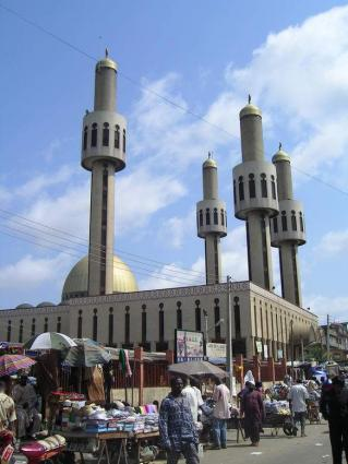 Mosques and Churches banned in Lagos to minimize noise pollution
