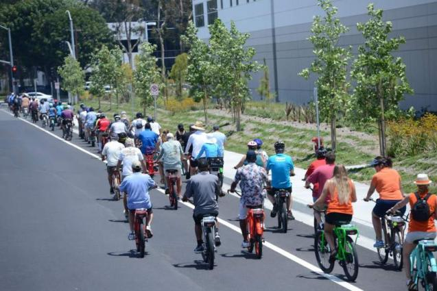 An electric cycle race made its way through the Guinness book of World Records.