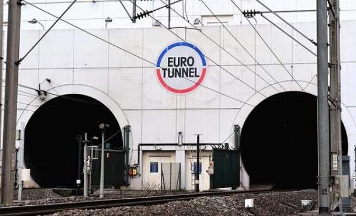 Sterling slide pounds Eurotunnel earnings outlook