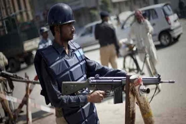 Two 'dacoits' killed in police encounter