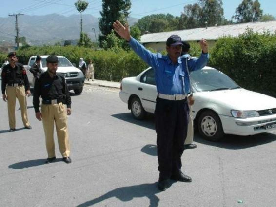 Show-cause notices to six traffic wardens