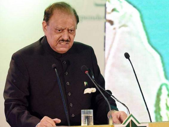 الرئيس الباكستاني: الممر الاقتصادي الباكستاني الصيني سيجذب استثمارات ضخمة بسبب تحسن الوضع الأمني في البلاد