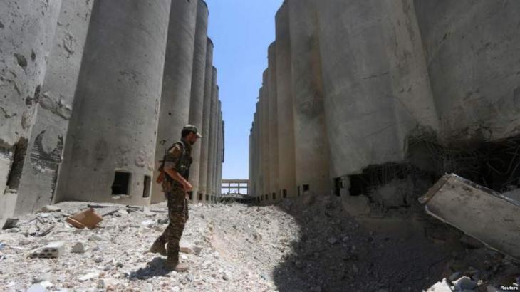 Sporadic clashes rock Syria's Manbij as deadline nears