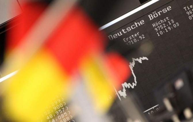 German business confidence falls in July: Ifo