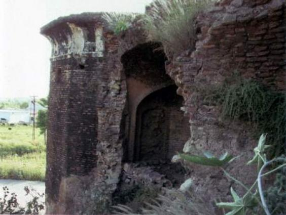 Ancient site `Sarai Kharbuza' decays due to unclear status
