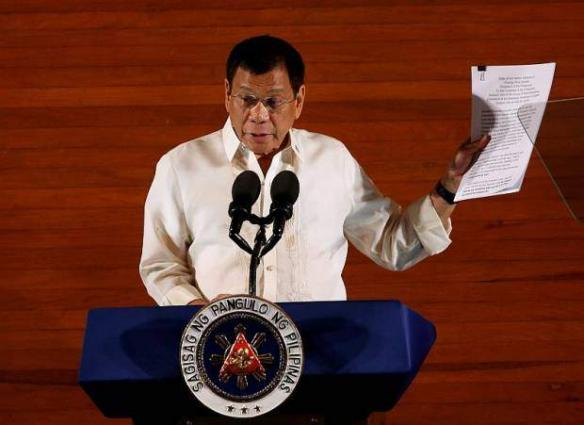 Philippines' Duterte vows no mercy in crime war