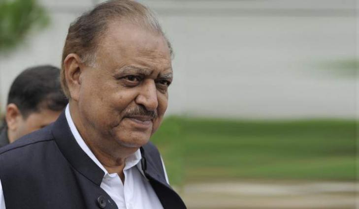 الرئيس الباكستاني: الممر الاقتصادي الباكستاني الصيني سيقود البلاد إلى التحول الاقتصادي