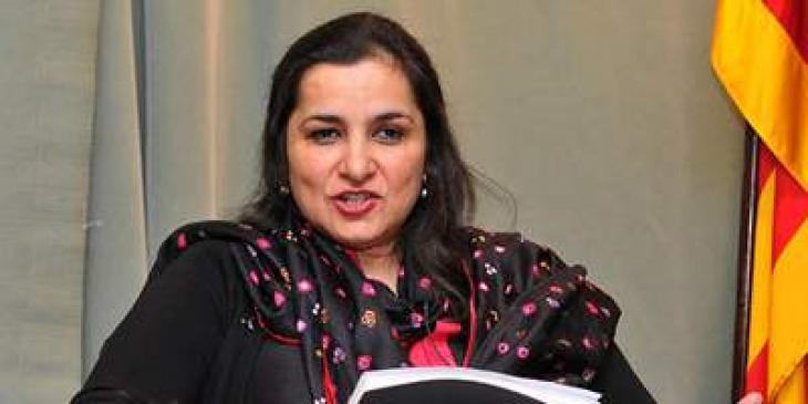 وزير الإعلام الباكستاني يعزي في وفاة والدة الصحفية الشهيرة نسيم زهرة