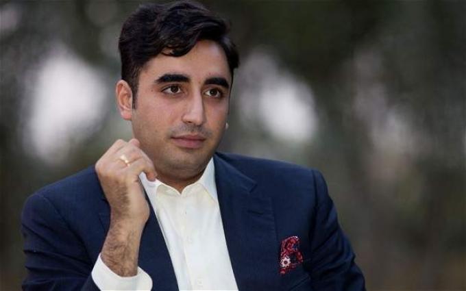زعيم حزب الشعب الباكستاني يدين هجوم على قوات الأمن الباكستانية في مدينة لاركانة بإقليم السند