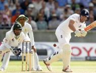 Cricket: England bat against Pakistan in fourth Test