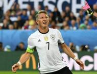 Football: German fans cool on Schweinsteiger's farewell