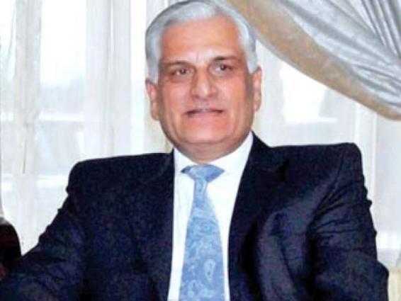 وزير القانون الباكستاني: سيتم إعادة النظرفي استخدام نظام التصويت الالكتروني