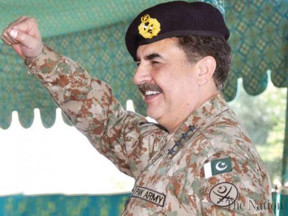 وزير الدفاع السعودي يلتقي قائد الجيش الباكستاني