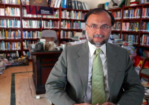 وزير التخطيط والتنمية الباكستاني: مشاريع بتكلفة 18 مليار دولار أمريكي ضمن الممر الاقتصادي الباكستاني – الصيني يتم إكمالها