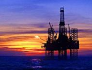 Oil market drifts lower on deal doubts