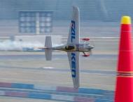 Woman ace takes on men in extreme-sport air racing