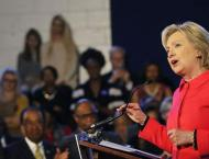 Clinton boosted by debate as candidates rally support