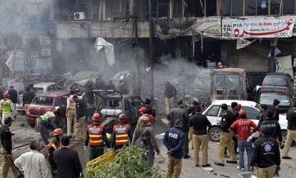 ارتفاع حصيلة تفجير استهدف مسجدا في المناطق القبلية في باكستان إلى 28 قتيلاً