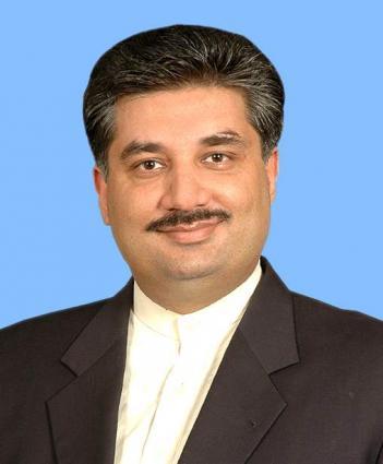 وزير التجارة الباكستاني: القوى الديمقراطية متحدة لهزيمة مخططات الشائنة