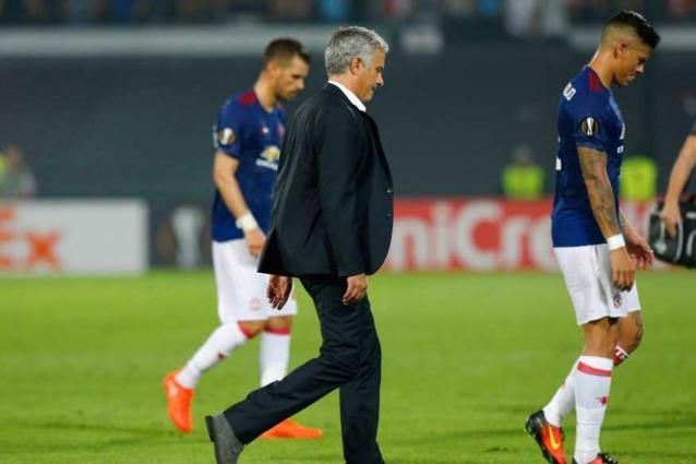 Football Mourinho Rocked On Europa Return As Feyenoord Down United