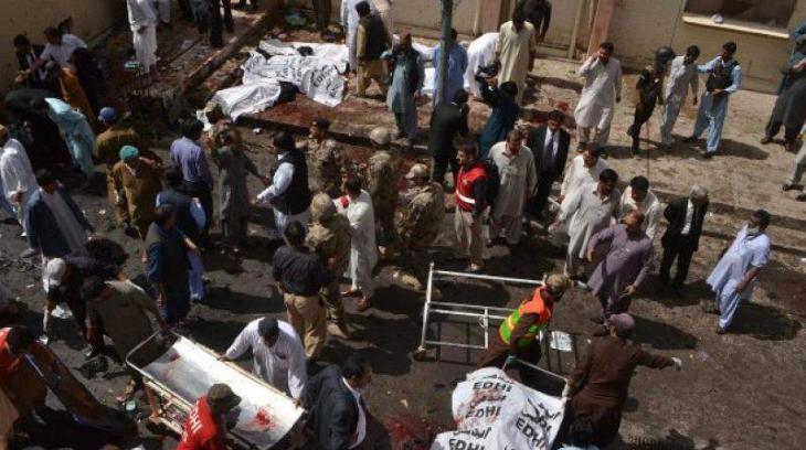 16قتيلاً   في تفجير استهدف مسجدا في المناطق القبلية في باكستان