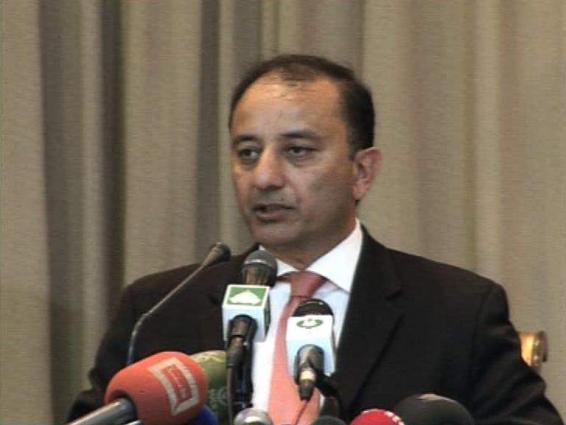 مستشار رئيس الوزراء الباكستاني للشؤون الخارجية يناقش مع وزير خارجية من بلغاريا وايرلندا الوضع في كشمير المحتلة والروابط الثنائية