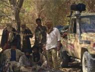 Food shortages as residents flee Kunduz fighting