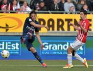 In-form Cavani steers PSG to win at Nancy