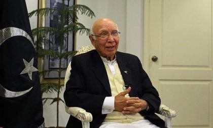 باكستان تنتقد المجتمتع الدولي على فشله في القضيتين الفلسطينية والكشميرية