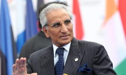 المساعد الخاص لرئيس الوزراء الباكستاني للشؤون الخارجية يستقبل نائب وزير خارجية أوغندا