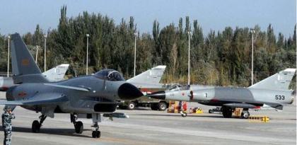 اتفاق بين باكستان وإيطاليا على تعزيز التعاون الثنائي بين القوات الجوية للبلدين