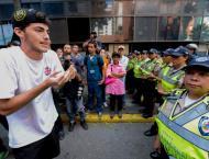 Venezuela crisis talks resume amid Trump tension