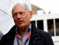 Dennis quits as McLaren chief - official