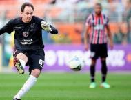 Football: Goalkeeping great Ceni becomes Sao Paulo coach