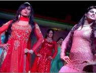 Eunuchs ramp walk draws attention of the audience- We also posses ..