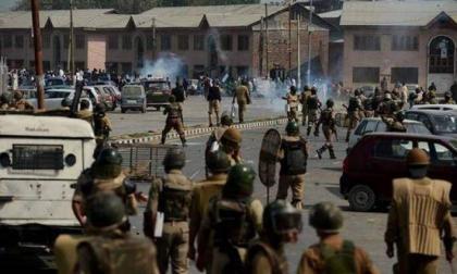 الجيش الباكستاني يتهم القوات الهندية باستهداف مناطق مأهولة بالسكان بالأسلحة الكثيفة على الحدود