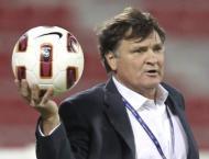 Former Real, China coach Camacho is new Gabon boss