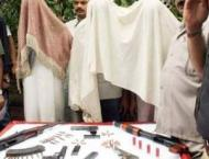 22 criminals held with drugs, weapons