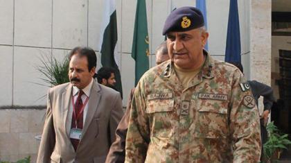 قائد العمليات المشتركة لبريطانيا يلتقي رئيس أركان الجيش الباكستاني